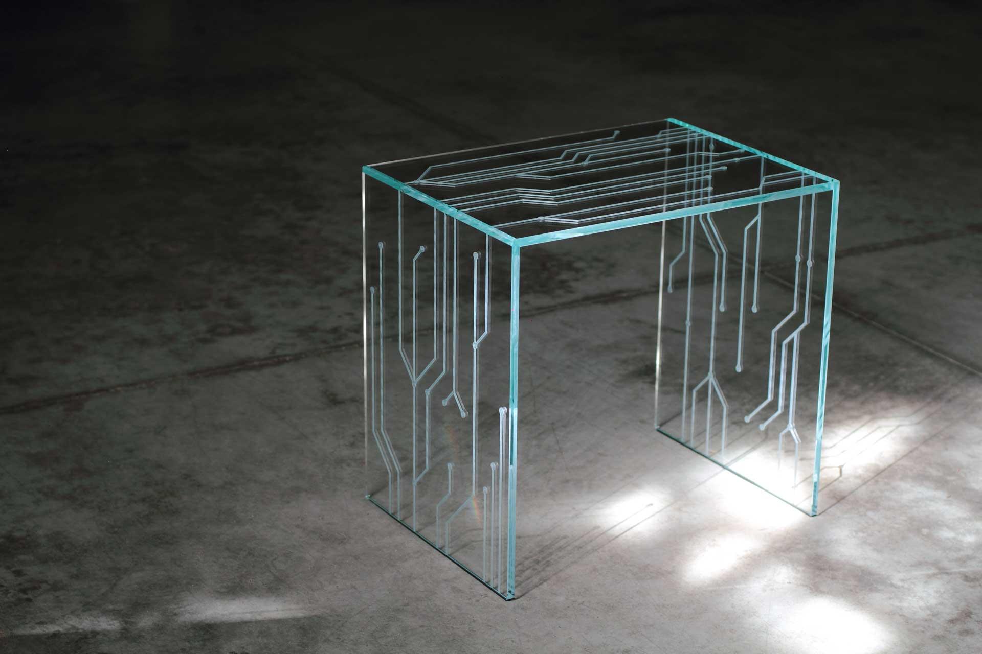 transistor table