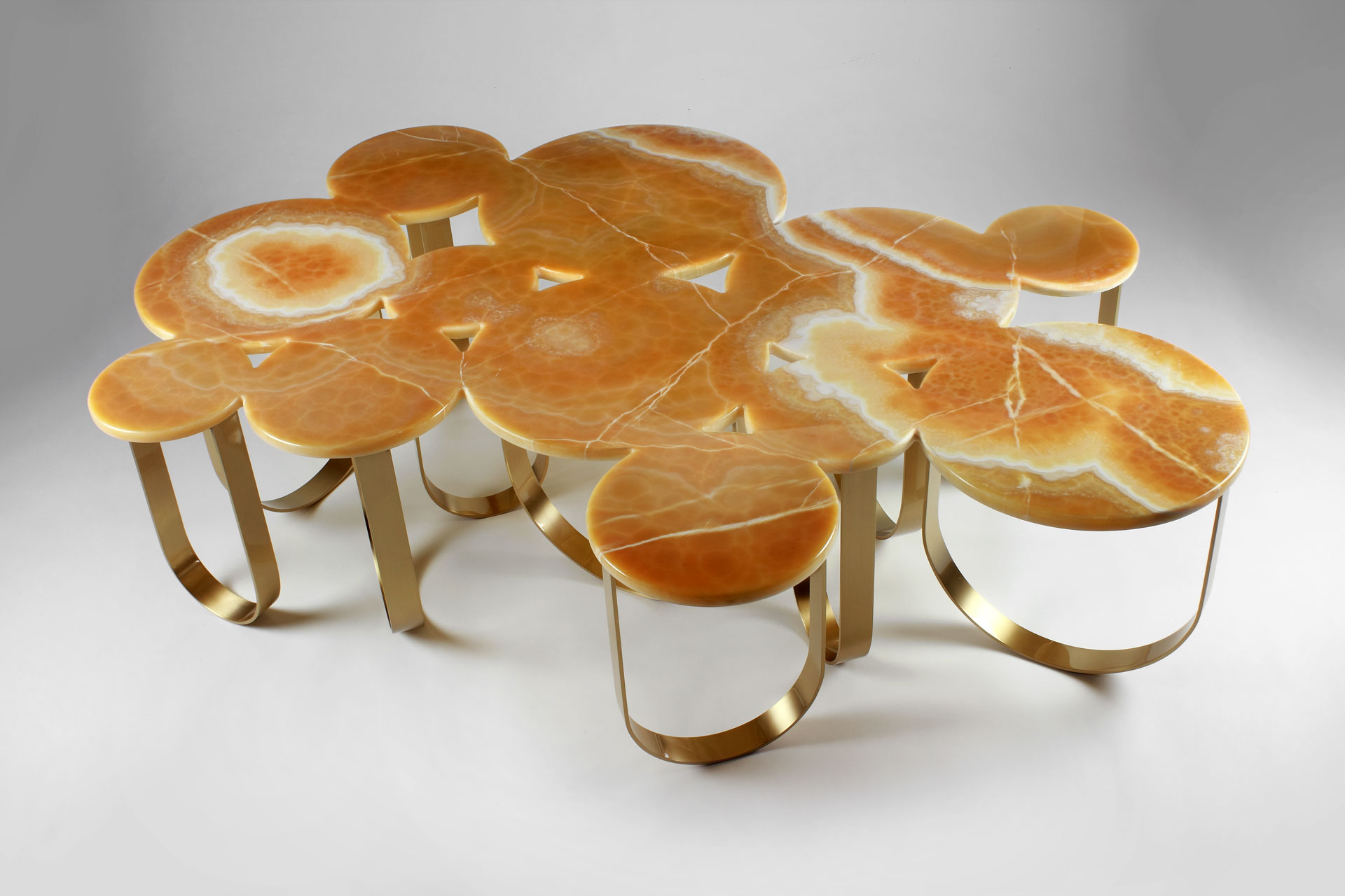 Cloud coffee table - Barberini & Gunnell