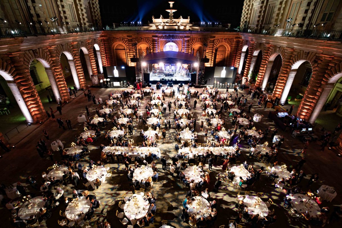 Firenze, serata conclusiva del Celebrity Fight Night a Palazzo Pitti, barberini & gunnell asta di beneficenza